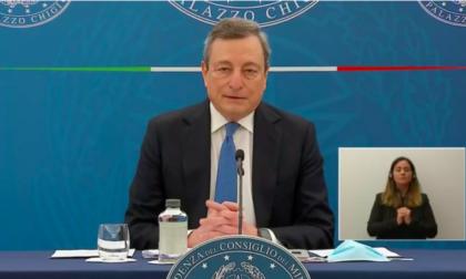 Draghi: 'Prime riaperture dal 26, è un rischio, ma ragionato'