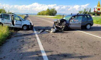 Drammatico scontro frontale tra due auto a Ceriano Laghetto