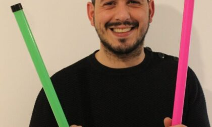 Giussano, imprenditore fa il botto con il tubo sonoro di Frank Matano