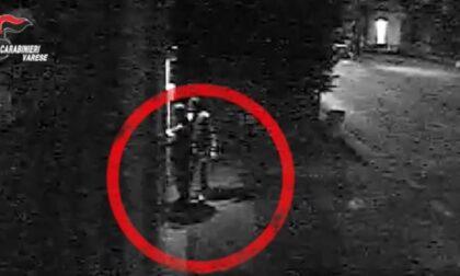 Il video che ha inchiodato i tre minorenni autori della rapina ad Albizzate