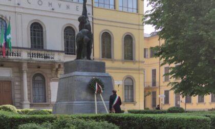 """25 Aprile """"Senza bandiere, manifesti e Inno di Mameli"""", la minoranza scrive al Prefetto"""