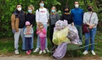 Giornata di pulizie a Caronno Varesino: passeggiata ecologica per una città più pulita