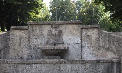 """Fontana via Primo Maggio, ristrutturazione """"merito della Lega"""""""
