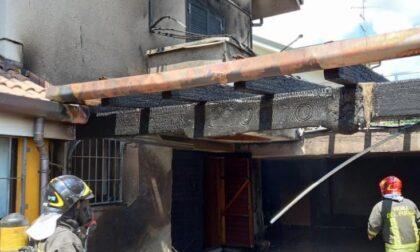 Incendio in abitazione a Cogliate, intervengono pompieri e... vicini