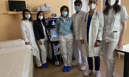 """Il cardiologo """"cestista"""": dalla Sicilia all'amata Varese, fino al centro vaccinale di Tradate"""