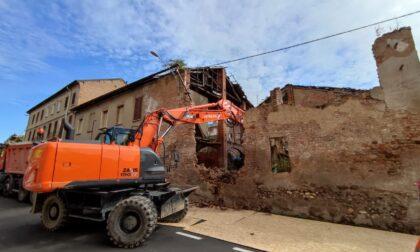 Ex convento del Crocifisso, iniziano le demolizioni e i lavori per il tetto