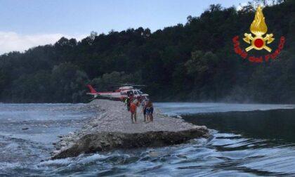Bloccati su un isolotto in mezzo al Ticino, salvati dal Drago80