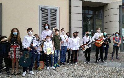 I giovani musicisti della Banda in piazza per una giornata difesta