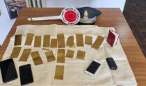 23 lamine d'oro senza documentazione: sequestro da 40mila euro nella Comasca