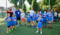 Beppe Bergomi scende in campo coi bambini di Arca