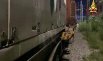 Perdita di gas dal vagone del treno merci, intervento notturno dei Vigili del Fuoco