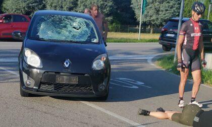 Ciclista investito a Gorla Minore, soccorsi in codice rosso