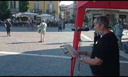Presidio e flash mob in piazza Libertà contro il finanziamento delle missioni militari all'estero