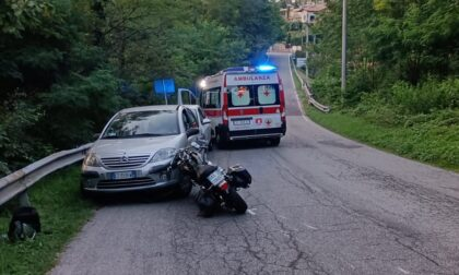Scontro tra un'auto e un'Harley Davidson, ferito un 52enne