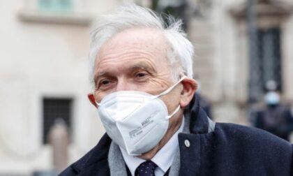 """Il ministro Bianchi: """"Niente tamponi gratis per i professori No vax"""""""