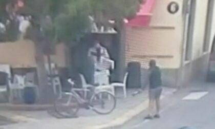 Bottiglie contro il bar e i clienti: cos'è successo ieri nel centro di Venegono