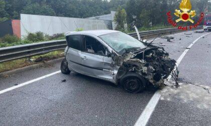 Frontale auto-camion a Varese, 22enne ricoverato al Circolo