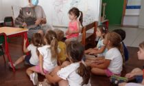 """Si torna all'asilo di Abbiate col bel ricordo del centro estivo """"Smile camp"""""""