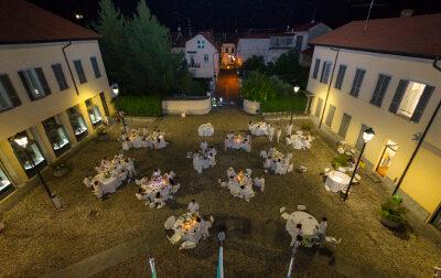 Cena in bianco a Ceriano: le foto dell'evento in Piazza Lombardia