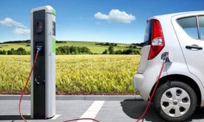 Saronno spinge sulla mobilità sostenibile: car-sharing e stazioni di ricarica per auto elettriche